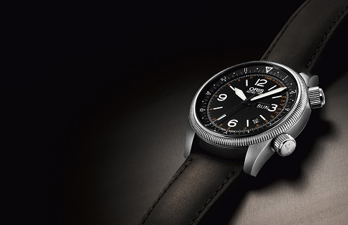 Paying tribute to the vital work of the Royal Flying Doctor Service of Australia, Oris is proud to introduce the Oris Royal Flying Doctor Limited Edition. Limited to 2,000 pieces, the timepiece recognises the excellent work of the RFDS, who provide aero-medical and primary healthcare across Australia.